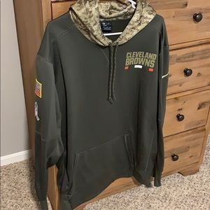 Men's Nike 2xl salute to service Browns hoodie